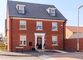 Thumbnail 5 bed detached house for sale in Langthorpe Close, Hessle