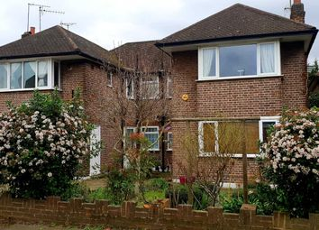 2 bed maisonette for sale in Palmers Road, London N11