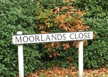 Thumbnail 5 bed detached house for sale in Moorlands Close, Fleet