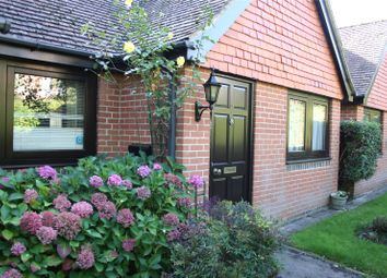 Thumbnail 2 bed flat for sale in Victoria Court, Henley-On-Thames, Oxfordshire