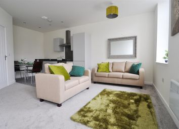 Thumbnail 2 bed flat to rent in 2 Manor Row, City Centre, Bradford