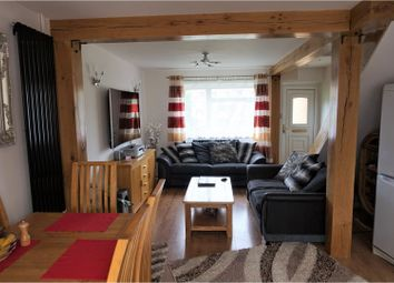 Thumbnail 2 bed terraced house for sale in Leaside, Dunstable