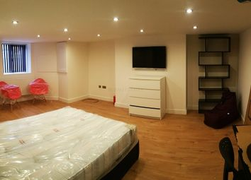 Thumbnail Room to rent in Beaconsfield, Manchester
