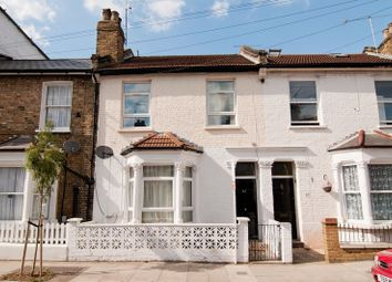Thumbnail 5 bedroom flat to rent in Yeldham Road, London