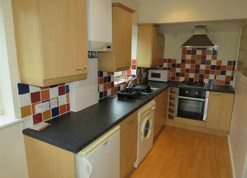 2 bed flat to rent in Valley Court, Carlton, Nottingham NG4