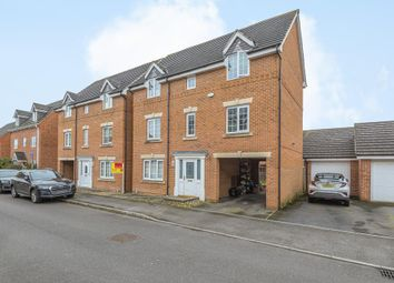 Thumbnail 5 bed detached house to rent in Thatcham, Berkshire