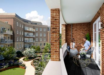 2 bed flat for sale in Station Road East, Oxted RH8