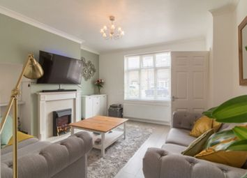 2 bed end terrace house to rent in Lichfield Road, Becontree, Dagenham RM8
