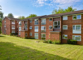 Thumbnail 2 bed flat to rent in Aston View, Hemel Hempstead, Hertfordshire