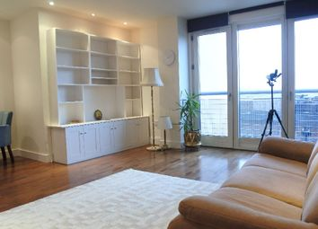 Thumbnail 2 bedroom flat to rent in Crouch End Hill, London