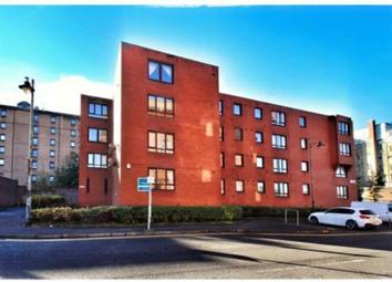 Thumbnail 1 bed flat to rent in 2 Garnet Court, Shamrock Street, Glasgow, 9Nt