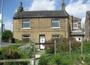 Thumbnail 2 bed flat to rent in Warley Road, Halifax