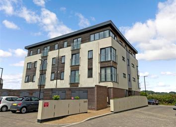 Fishermans Beach, Hythe, Kent CT21. 2 bed flat for sale