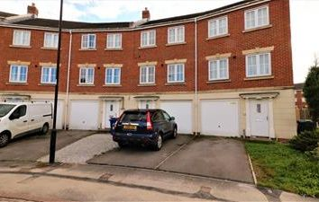 Thumbnail 3 bed terraced house to rent in 47 Jenkinson Grove, Doncaster, South Yorkshire
