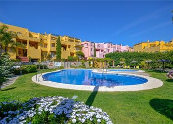 Thumbnail 4 bed apartment for sale in Guadalmina Alta, Costa Del Sol, Spain