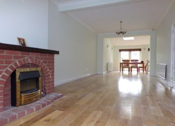 Roll Gardens, Ilford IG2. 4 bed property