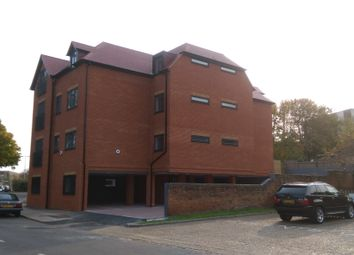 Thumbnail 3 bed flat for sale in Alexandra Road, Aldershot