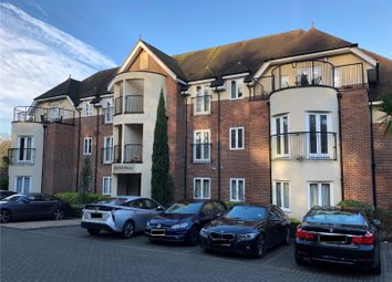 Thumbnail 2 bed flat to rent in Fairfield House, London Road, Ascot, Berkshire