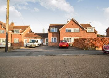 Thumbnail 4 bed flat to rent in Pond Meadow, Guildford
