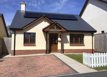 Thumbnail Maisonette to rent in Ashford Park, Crundale, Haverfordwest
