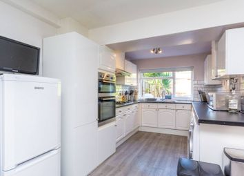 Thumbnail 4 bed property to rent in Elliott Road, Turnham Green