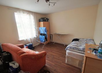 Thumbnail Room to rent in Wallis Road, Hackney Wick