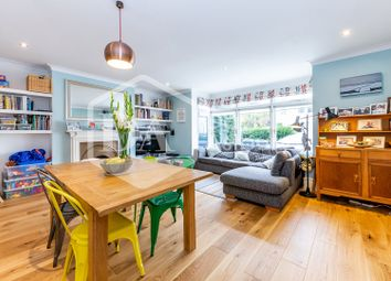 Thumbnail 3 bed flat for sale in The Avenue, Hornsey