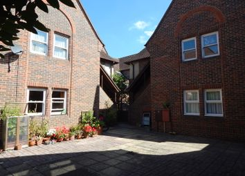 Thumbnail 2 bed maisonette to rent in Meadowside, Abingdon