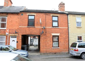 Thumbnail 5 bed flat for sale in Sidney Street, Grantham