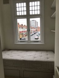 Thumbnail Room to rent in Ronnach, Hammersmith And Fulham