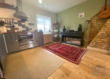 1 bed flat for sale in North Circular Road, London N13