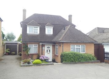 Thumbnail 3 bed property for sale in Oaklands Avenue, Brookmans Park, Herts