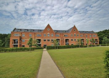 Thumbnail 2 bed flat for sale in Little Trodgers Lane, Mayfield