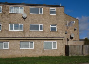 2 bed maisonette to rent in St. Annes Road, Aylesbury HP19