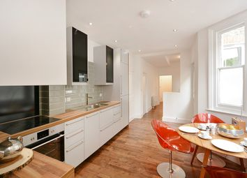 Thumbnail 2 bed flat to rent in Bush Road, London