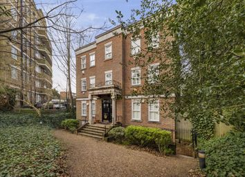 Thumbnail 5 bed flat for sale in Cholmeley Park, London