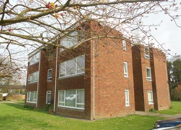 Thumbnail 1 bed flat to rent in Longbridge Road, Horley