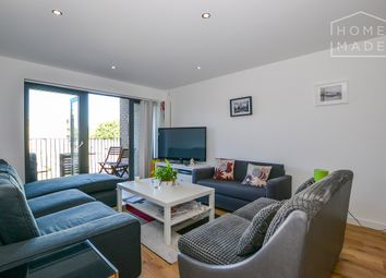 Thumbnail 2 bed flat to rent in Cowley Road, Stockwell
