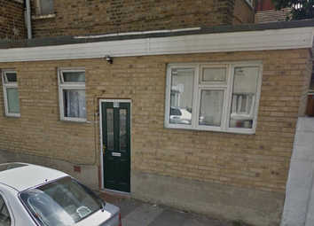 Thumbnail Studio to rent in Crofton Road, Newham