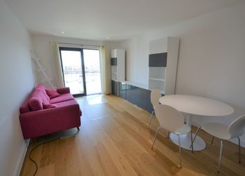 2 bed flat to rent in Ocean Way, Southampton, Hampshire SO14