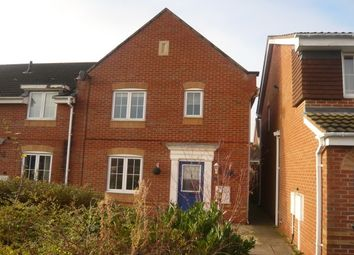 Thumbnail 3 bed town house to rent in Chaytor Drive, Nuneaton
