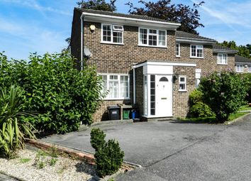 Thumbnail 4 bed town house to rent in Hillview Close, Purley