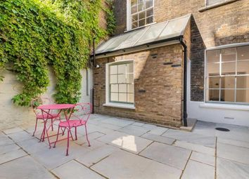Thumbnail 1 bed flat to rent in St. Georges Drive, London