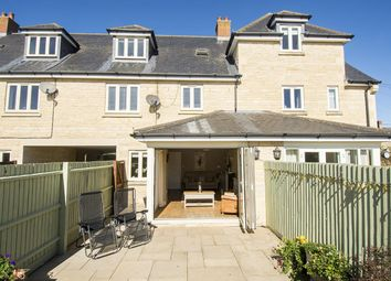 Thumbnail 4 bed property for sale in Blackhorse Court, Oundle, Peterborough
