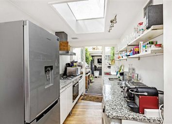 3 bed property for sale in North Street, London SW4