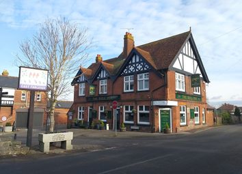 Thumbnail Pub/bar for sale in Lower Road, Maidstone