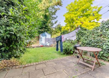 4 bed property to rent in Sandringham Avenue, Wimbledon, London SW20