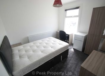 Thumbnail Room to rent in Old Southend Road, Southend On Sea