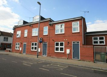 Thumbnail 2 bedroom town house to rent in Devonshire Square, Southsea