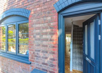 Thumbnail 3 bed property for sale in Dunedin Road, London
